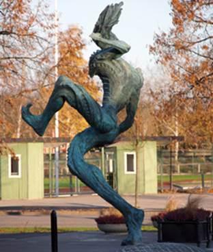 Konstverket symboliserar att allt är möjligt, och ska ge glädje och inspiration till Arbogaborna i generationer framöver. Den fyra meter höga statyn står i Arboga och centrum och skapades av Rickard Brixel, och uppfördes oktober 2005.